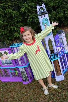 The Monster High Playset is as fabulous as it is large.  This little girl seems to agree!  #ad #WelcomeHomeMonsters