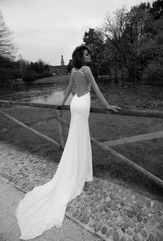 Sexy and Elegant Liz Martinez wedding dresses - MODwedding