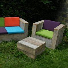 Loungeset in gebruikt steigerhout + kussens Rawcreations