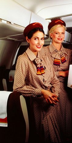 Iberia Airlines old uniform (Years by Elio Berhanyer Air Hostess Uniform, European Airlines, Cheap International Flights, Airline Cabin Crew, Airline Uniforms, Attendance, Flight Attendant, Airplanes, Air Travel