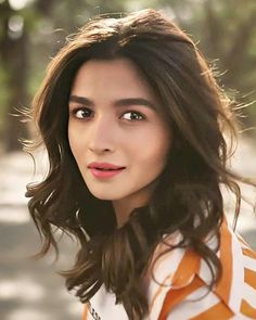Indian Celebrities, Bollywood Celebrities, Bollywood Actress, Alia Bhatt Varun Dhawan, Alia Bhatt Cute, Heroine Photos, Photography Pics, Celebrity Gallery, Salman Khan