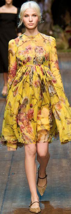 Dolce & Gabbana RTW Fall 2014 -El Vestido Siciliano es la esencia de Dolce & Gabbana, el punto de referencia sartorial de la marca.