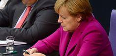 Merkel yeni telefon aldı - Dinlənməmək üçün