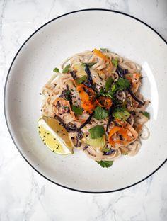 Japchae, Spaghetti, Ethnic Recipes, Sweet, Food, Weddings, Fitness, Candy, Essen