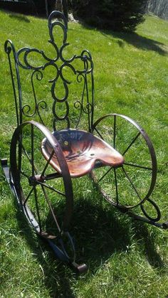 Captivating active in awesome metal welding projects Welding Crafts, Welding Art Projects, Metal Art Projects, Diy Welding, Metal Welding, Metal Crafts, Welding Design, Welding Ideas, Blacksmith Projects