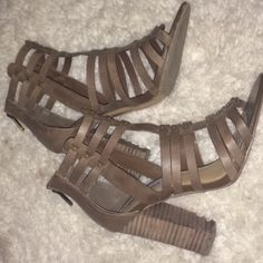 Steve Madden heels Perfect condition! Only worn once, just a little to tall for me. Super comfy, chunky heel. Beautiful dark brown color with bronze detailing Steve Madden Shoes Heels