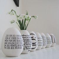 Gondold újra a tojásdekorációt! #husvet #tojas #feher #betu #dekor #tavasz #otthon #tescomagyarorszag