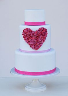 Valentine's Day ruffled heart on white fondant cake
