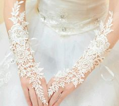 Ivory bridal gloves lace gloves Wedding gloves by laceNbling