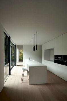 108+ Amazing White Kitchen Decor and Design Ideas #kitchendesign #kitchenremodel #kitchenideas