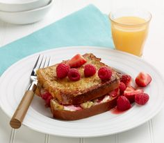 Start your day off with this delicious Stuffed French Toast #glutenfree #vegetarian