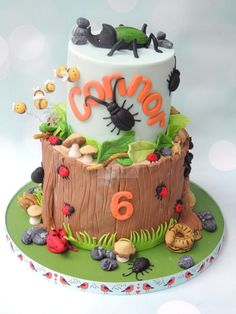 Creepy Crawlies - Cake by Shereen