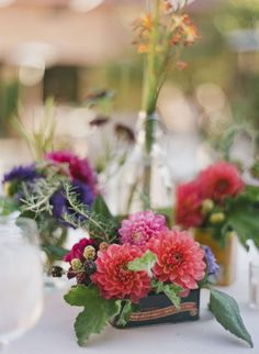 table flowers at different heights