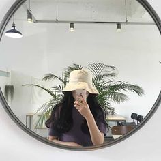 Shared by LOΛE. Find images and videos about fashion, outfit and aesthetic on We Heart It - the app to get lost in what you love.