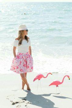 Flamingo Resort, Flamingo Hotel, Flamingo Beach, Flamingo Party, Pink Flamingos, Classic Skirts, Pretty Dresses, Pink Blue, Pin Up