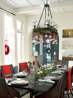Sally Lee by the Sea Coastal Lifestyle Blog: {Interior Design} Festive Holiday Dining Rooms