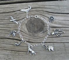 "House Sigil Charm Bracelets | 35 Coolest ""Game Of Thrones"" Items OnEtsy"