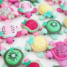 Great Free polymer Clay Crafts Tips Succulent Turtles and Fruitles Charms by Claybie… Polymer Clay Turtle, Polymer Clay Kawaii, Polymer Clay Charms, Polymer Clay Creations, Polymer Clay Halloween, Polymer Clay Figures, Polymer Clay Miniatures, Cute Crafts, Crafts For Kids
