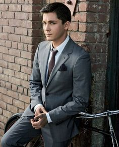 Logan Lerman... my first cougar-ish attraction...  Damn! he's classy