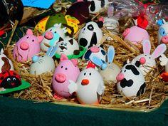 ¡ CONOCE NUESTRA CULTURA ASTURIANA MÁS ANCESTRAL !. La Fiesta de Pascua es uno de los festejos más importantes que se desarrollan en Sama y en el concejo de Langreo.