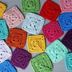 Make pixel blankets or rainbow afghans with this easy solid granny square pattern.