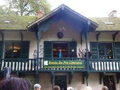 Cultural Event - La Forêt des Livres 2013 (more photos on the blog)