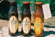MRS BALL'S CHUTNEY 612 g gedroogde perskes 238 g gedroogde appelkose 3 liter bruin dryweasyn 2 kg wit suiker 500 g uie 12 g sout 7 g rooipeper 1 tot 2 liter bruin druiweasyn vir week van vrugte Ongeveer 2 liter bruin druiweasyn vi. Healthy Eating Tips, Healthy Nutrition, Chicken Barn, Sweet And Spicy Sauce, Salsa Picante, Biltong, South African Recipes, Chutney Recipes, Vegetable Drinks