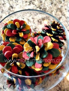 Painted pinecones craft. #reuse #recycle #crafting