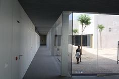 Swimming Center In Barbate / EDDEA