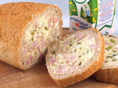 1 franzela mica de 250 gr, 200 gr cascaval ras, 20... Foodies, Sandwiches, Muffin, Appetizers, Bread, Breakfast, Recipes, Salads, Snacks