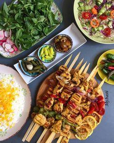 Iranian Desserts, Pav Recipe, Iran Food, Iranian Cuisine, Veggie Kabobs, Food Decoration, Tasty Bites, Food Platters, Middle Eastern Recipes