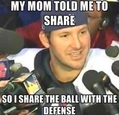 Romo was taught to share lol Nfl Jokes, Funny Football Memes, Funny Nfl, Funny Sports Memes, Sports Humor, Cowboys Memes, Soccer Humor, Yoda Funny, Football Humor