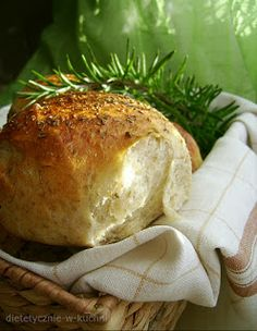 Moje Dietetyczne Fanaberie: Bułeczki ziołowe Baked Potato, Camembert Cheese, Rolls, Turkey, Potatoes, Bread, Baking, Ethnic Recipes, Food