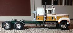 International Transtar 4300 Eagle Plastic Model Truck Kit Scale by AMT Mack Trucks, Semi Trucks, Plastic Model Kits, Plastic Models, Cool Trucks, Big Trucks, Model Truck Kits, International Harvester Truck, Truck Scales