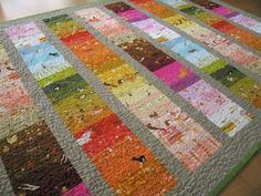 Patchwork Tablecloth/Quilt by Elizabeth Hartman. Fantastic blending of color and pattern. {Oh, Fransson! Quilting For Beginners, Quilting Tips, Scrappy Quilts, Baby Quilts, Grey Quilt, Contemporary Quilts, Square Patterns, Quilt Stitching, Fiber Art