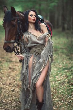 Unice: 20 Funny Facts About Hair -- Unice Big Exposure Horse Girl Photography, Fantasy Photography, Photography Poses, Beautiful Horses, Animals Beautiful, Funny Facts About Girls, Hair Facts, Horse Photos, About Hair