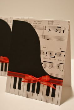 I Hold All The Cards: Papercraft Planet Feature: Piano Card
