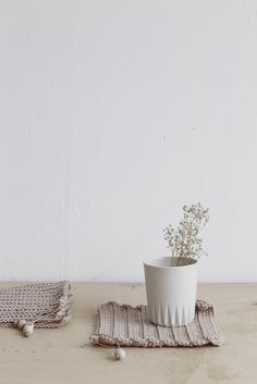 KULØR Ceramics by Sabrina Kuhn - picture taken by talented studio oink ©studio oink
