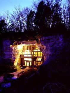 Amazing and Unusual Cave House in Festus, Mo | (10 Beautiful Photos)