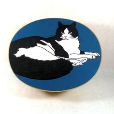 Vintage Hand Painted Cat Box by TheJunkinSailor on Etsy