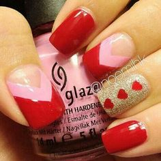 Red Nails, Pink and Red Chevron with Gold Accent with Red Hearts