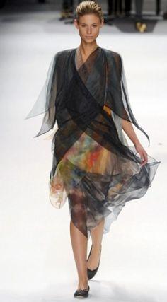 Issey Miyake París otoño invierno 2011 2012 | Mas de Moda