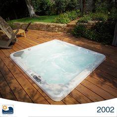 Nasce la divisione Castiglione Relax : l'innovazione di Jacuzzi dei getti idromassaggio in vasca ha aperto un mercato incredibile non solo per le vasche da bagno ma anche nel mondo delle piscine…da quelle ludiche alle fisioterapiche, fino alle ampie Spa negli alberghi che caratterizzano il trend del momento.