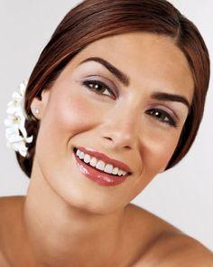Imagini pentru machiaj de nunta simplu Bridal, Makeup, Beauty, Make Up, Beauty Makeup, Beauty Illustration, Bride, Bronzer Makeup, The Bride