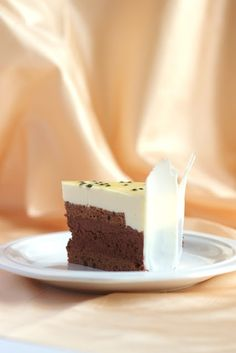 Yue's Handicrafts ~月の工作坊~: Chocolate & Passionfruit Mousse Cake