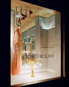 upside down viktor and rolf store in Milan