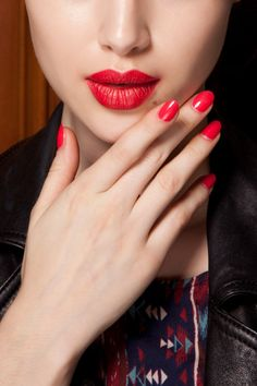 "Matching Nails & Lips    The Look: The chic new twinset—coordinating lipstick and polish—""is ultrafeminine,"" says manicurist Deborah Lippmann, who painted tips to match lips at Donna Karan.    Seen At: Dior, Donna Karan, Jason Wu, John Paul Gaultier, Loewe"
