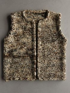 Are you looking for a simple knit vest pattern to show off some beautiful yarn you have? The Drift Vest is just that easy knitting pattern. Easy Knitting Patterns, Free Knitting, Simple Knitting, Kids Vest, Knit Vest Pattern, Purl Soho, Knitting For Beginners, Knit Fashion, Knit Crochet