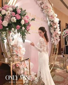 A pink and gold wedding might be as timeless and elegant as you can get and Conrad Artisan Wedding Fair showcase that shines beautifully! Wedding Backdrop Design, Wedding Stage Decorations, Decor Wedding, Wedding Themes, Wedding Fair, Trendy Wedding, Church Wedding Ceremony, Wedding Venues, Pink And Gold Wedding