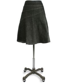 This skirt is really cute! www.junees.com